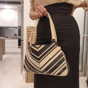 Enzo Angiolini Leather Handbag